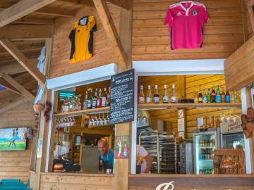 Bar Chez Péchou du camping le Domaine de La Marina