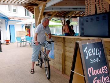 Boulangerie Chez Péchou camping Domaine de la Marina